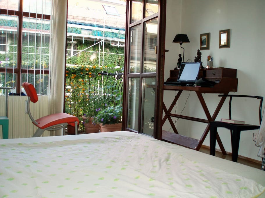 Bedroom with view to the court yard