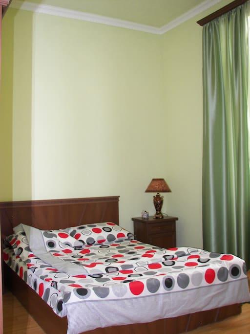 двухместый номер с 2 отдельными кроватами-3гостя US$41