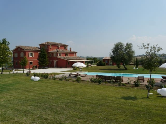 L'ANTIGO GRANARO - Gallignano - Bed & Breakfast