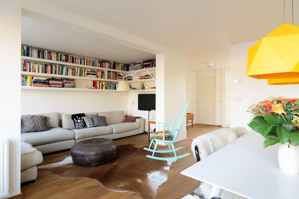 The bright livingroom  / diningroom.