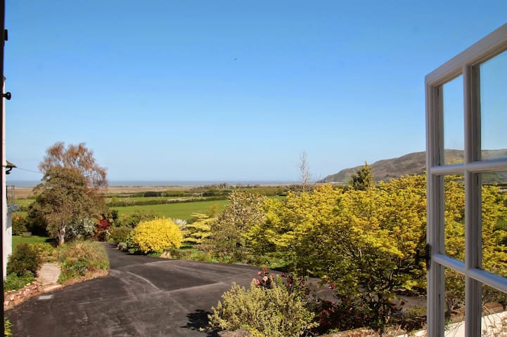 Holiday Cottage for 2 near Porlock with coast view - Porlock - Hus
