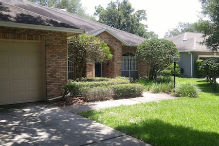 Gated home in good cozy hood - Casselberry - Dom