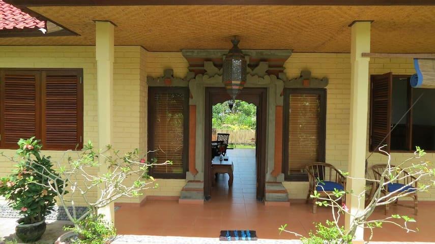 Huis op toplocatie met zicht op sawa en zee! - Karangasem Sub-District - Rumah