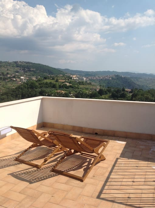 Roof terrace with 360 degree panoramic view!