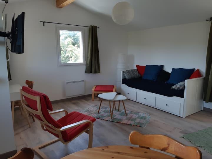Vers Castelnaudary, studio dans un cadre champêtre