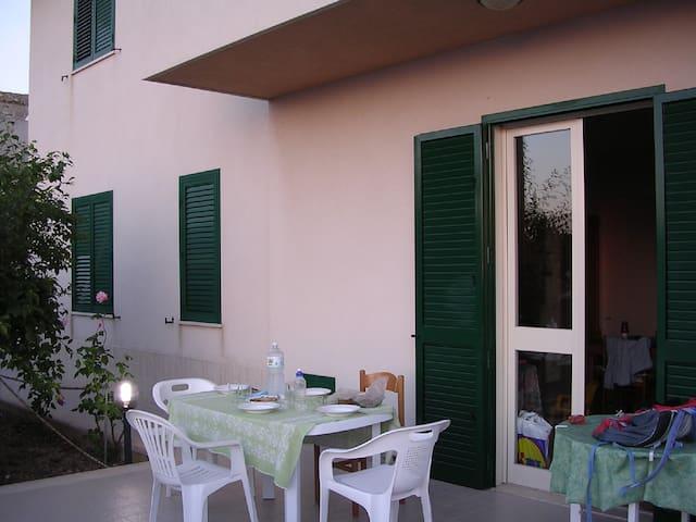 Taverna in Villetta Sicilia Mare Valderice (TP) - Valderice