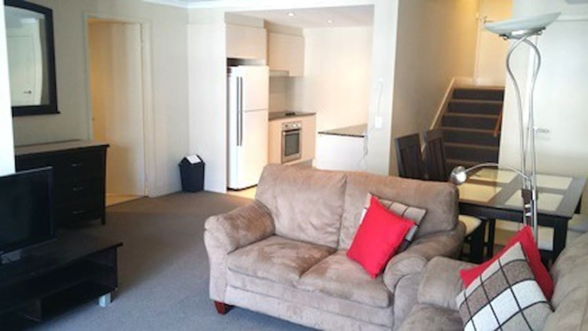 APARTMENT AT THE HEART OF THE CITY