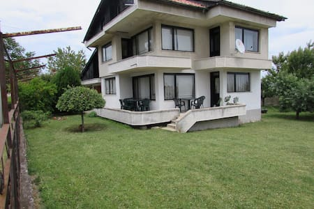 Villa Perun close to Kamchia Resort - Bliznatsi - วิลล่า