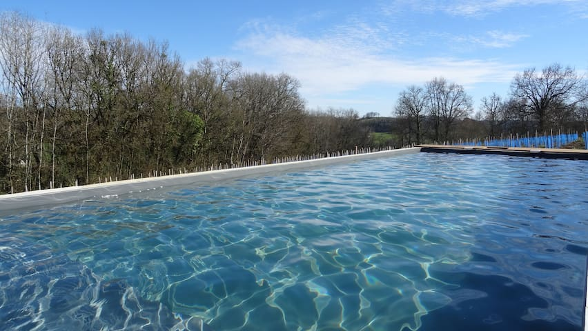 Dordogne Valley: Heated pool & jacuzzi 2-4 people. - Ligneyrac - Natuur/eco-lodge