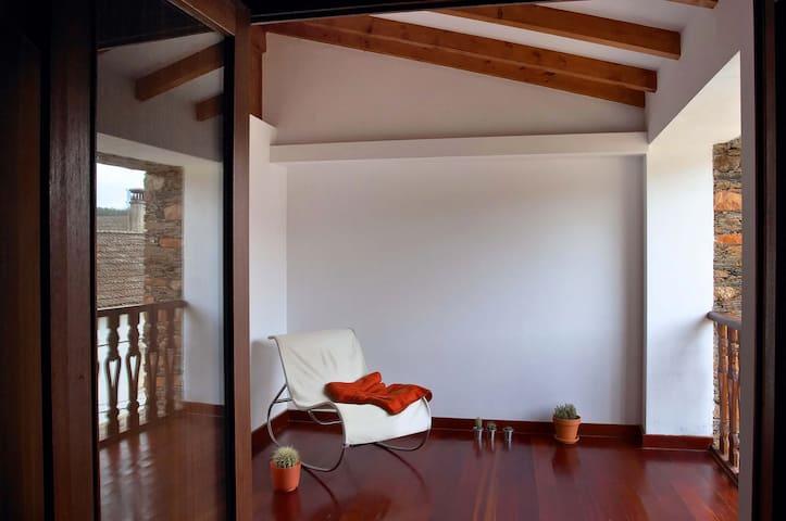 Casa da Pedra Rolada - Janeiro de Cima - Huis