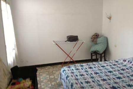 Bel appartement de 113 m2 - Lägenhet