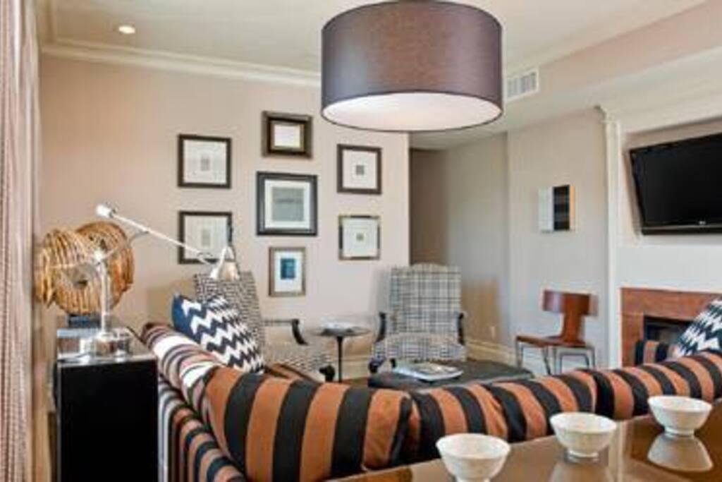 [1356-2] 2BR Exec Penthouse Suite