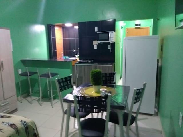Apartamento completo no centro de Manaus.