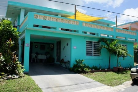 Charming 2 BR -Walk to Beach/BioBay