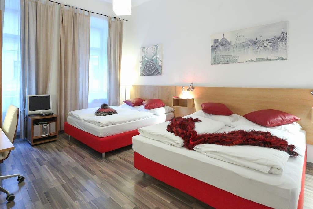 Schlafzimmer 1/ Bedroom 1