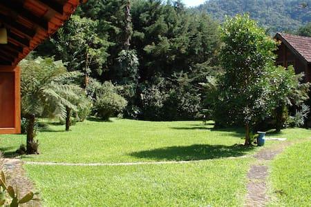 Chalé Passarada (Visconde de Mauá) - レゼンデ