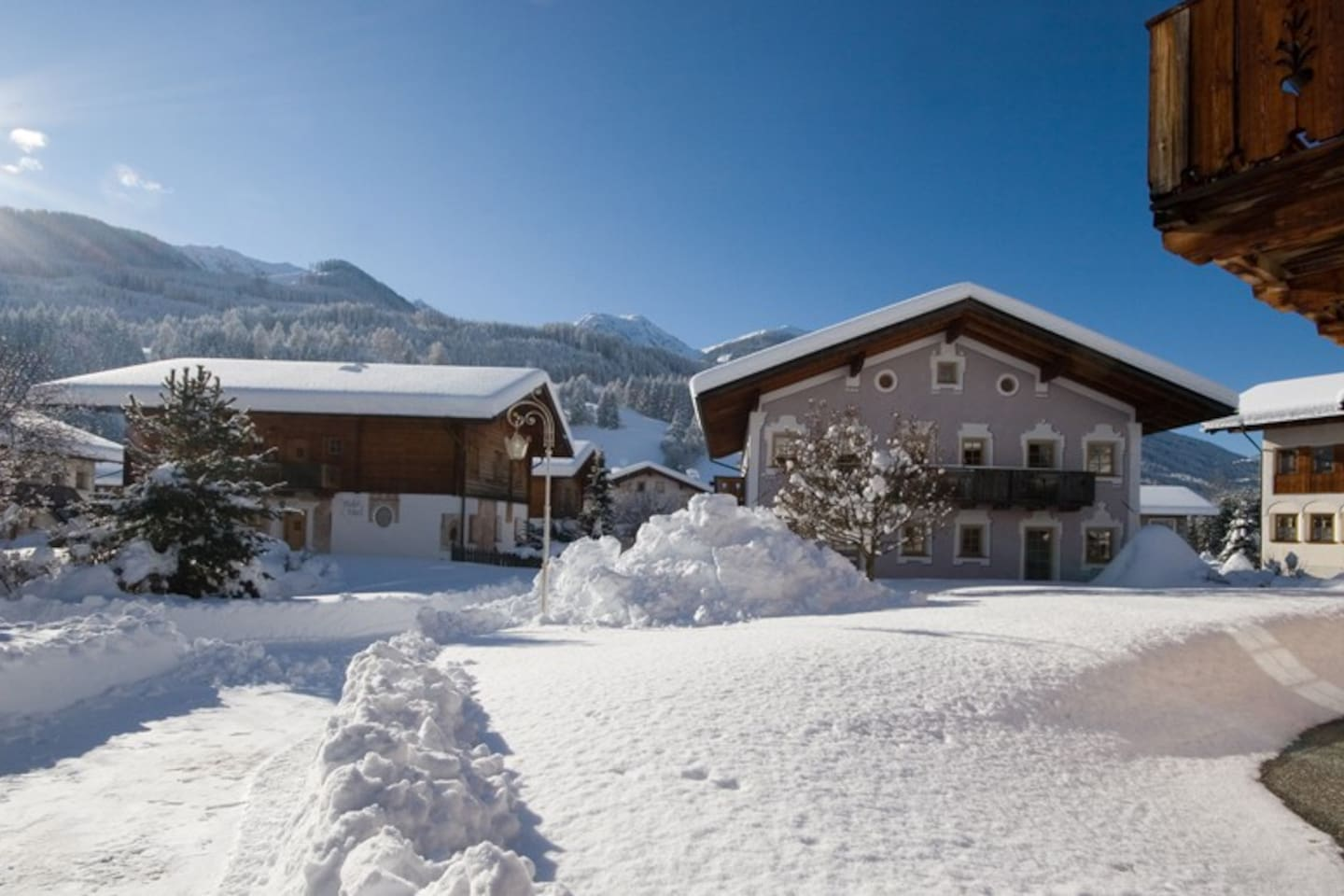 Chalet / apartment on the ski for 2-4 pax