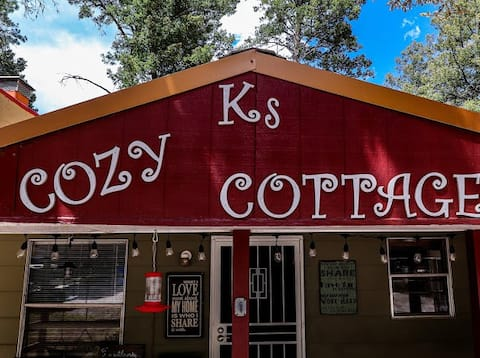 K's Cozy Cottage, Cloudcroft