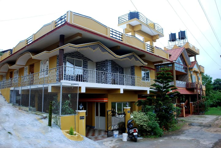 Coorg Hill View Home Stay