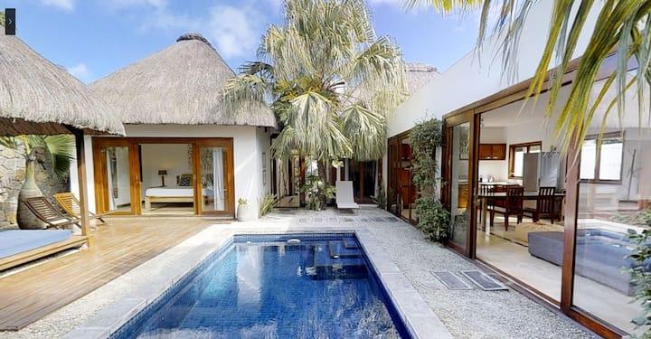 Romantic Private Villa - 500m from the beach