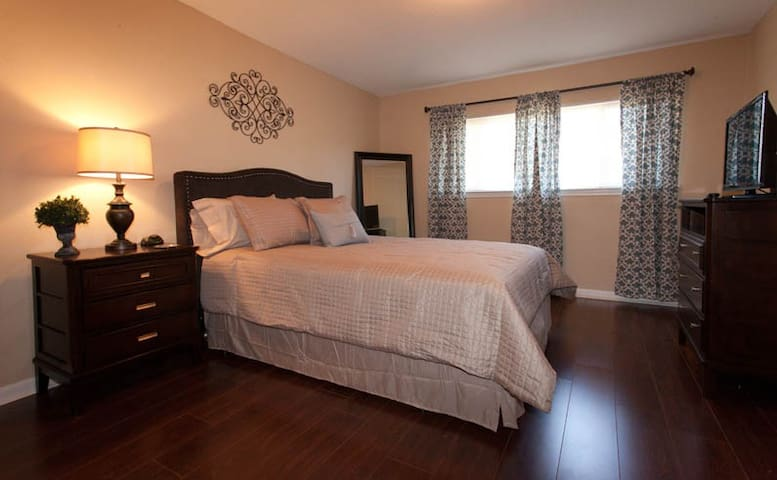 2BD Augusta Townhome is great alternative to hotel - Augusta - Apartament
