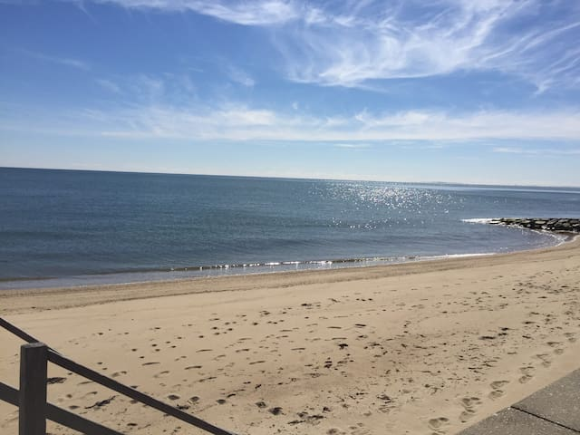 Spacious Home with Deeded Beach