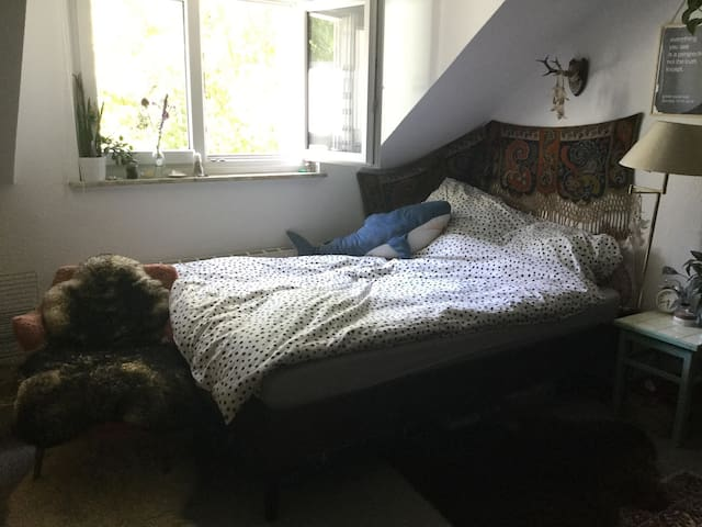 Gemütliches Vintage-Zimmer am Schanzenviertel