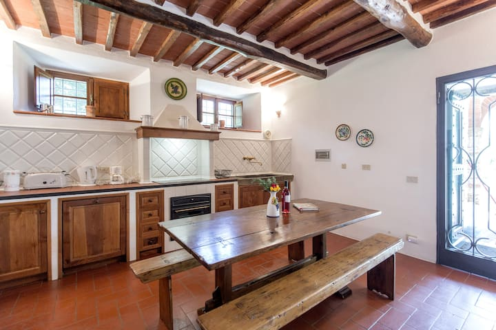 Villa Le Miccine with Pool for 2 - Gaiole In Chianti - Casa