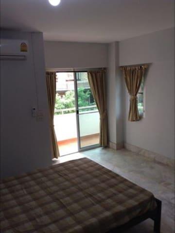 Yaovamal apartment - Nonthaburi - Apartemen