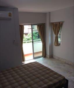 Yaovamal apartment - Nonthaburi