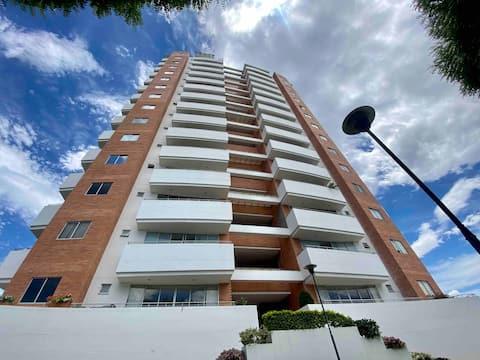 💯 Espectacular y amplio apartamento con piscina