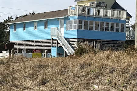 Steps to the Beach - Ocean Views, 4BR, Pool, Spa!