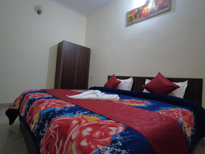 Two bedroom apartments near Ganges