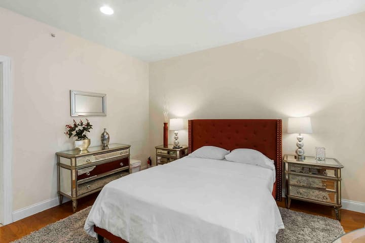 The Romance Suite in Center City