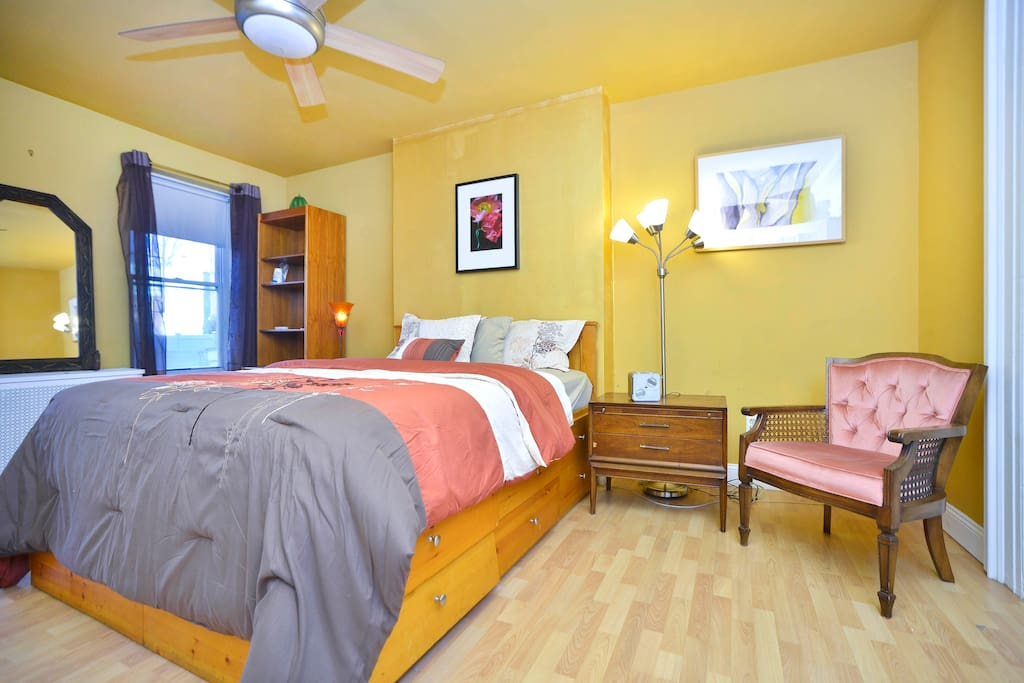Legal 1br Apt 1 Stop From Midtown Manhattan Apartments