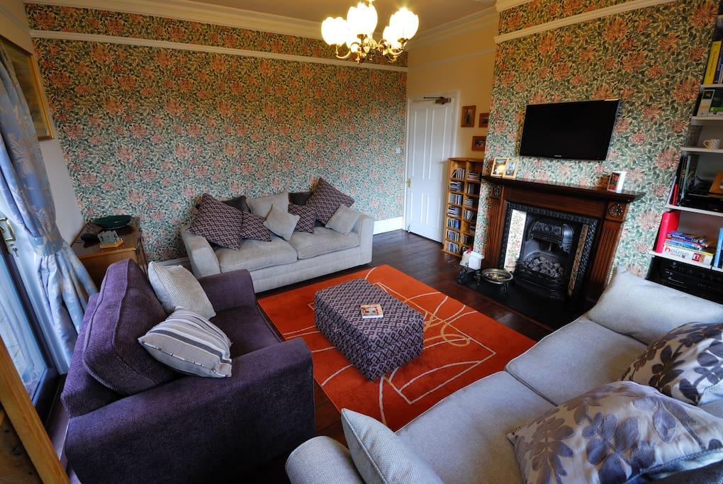 Large Edwardian House sleeping 23