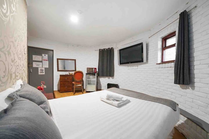 Family room en-suite with free parking