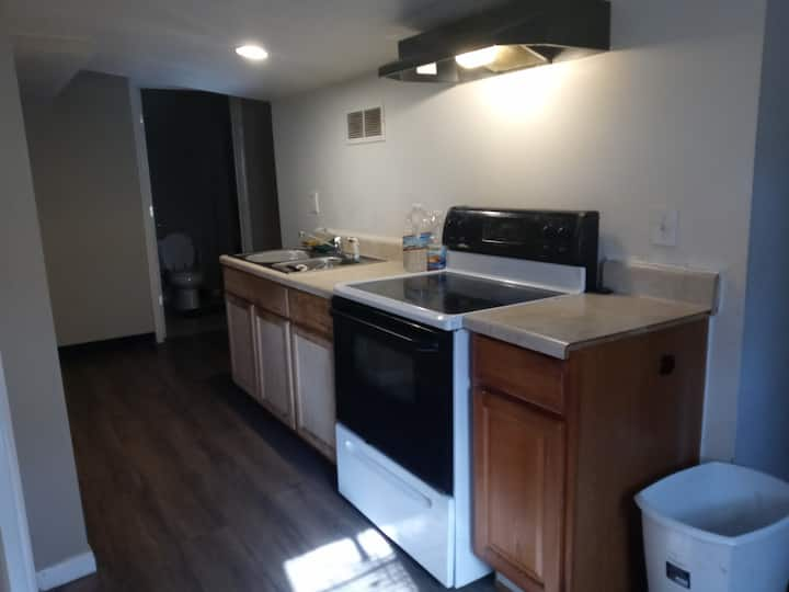 Single Guest Unit just Minutes from Atlanta
