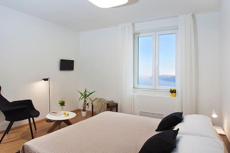 Dubrovnik City Center luxury room4  - ドゥブロヴニク
