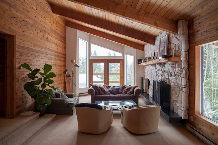 Spacious Family Chalet in Whistler