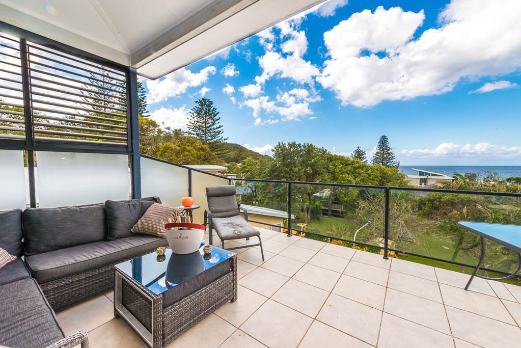 Back balcony with views of North Avoca Beach