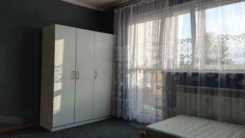 Apartment 15 minutes by tram, from the main market