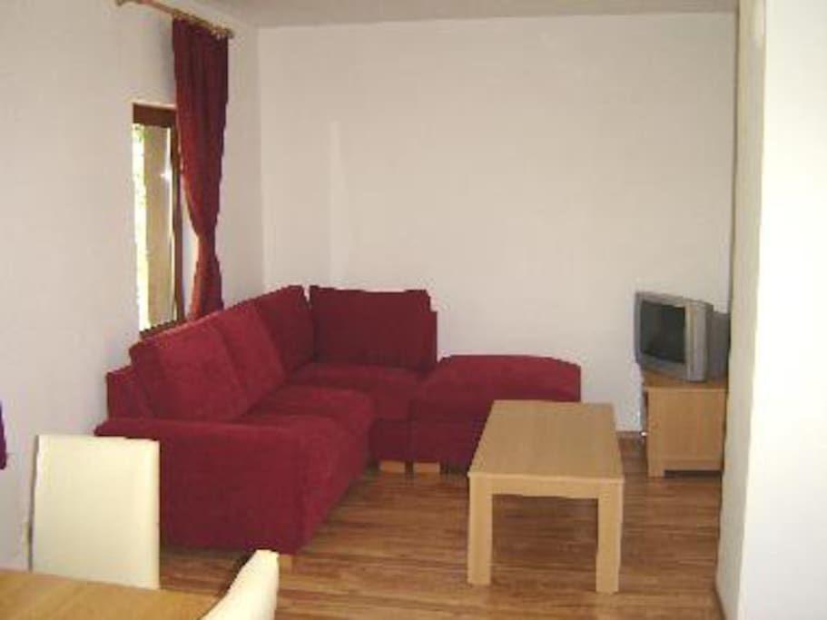 Dining area with additional sofa bed space if required.