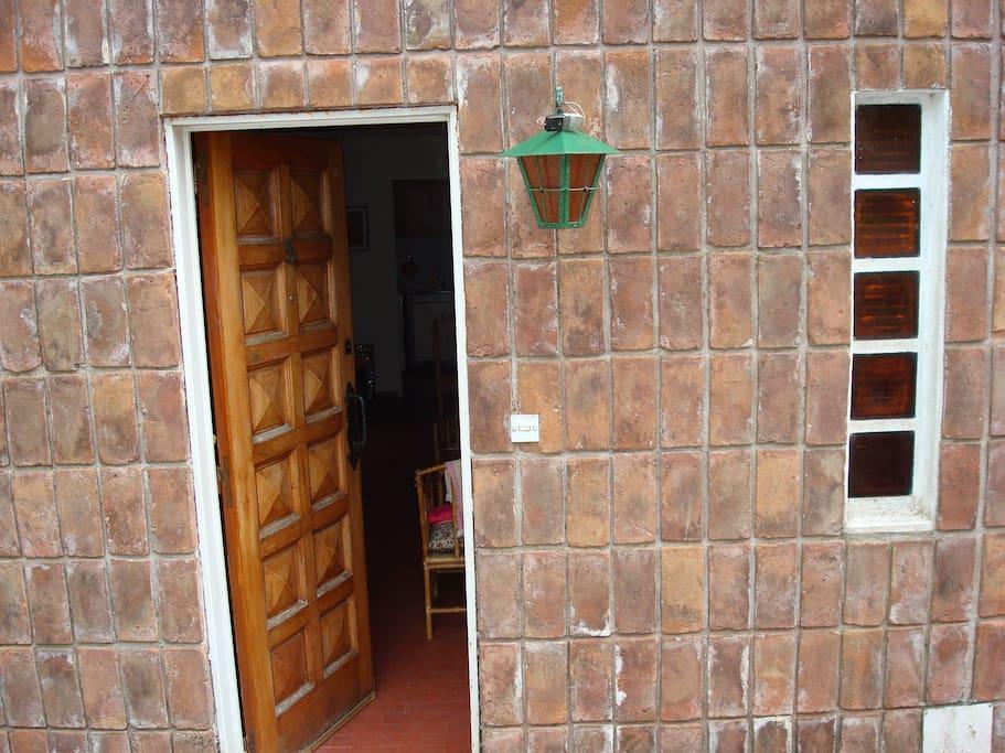 Puerta de entrada al duplex.