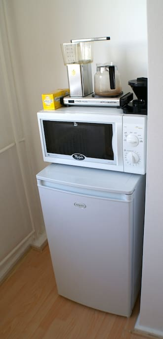 Coffee maker, microwave and new fridge