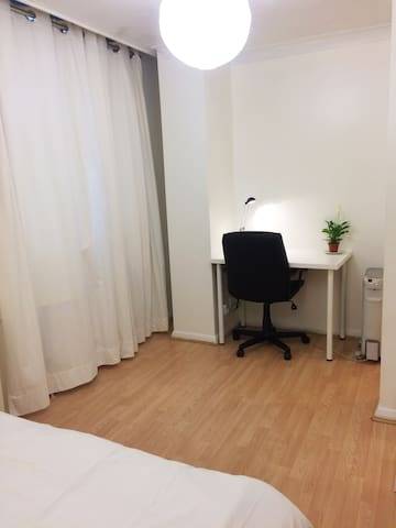 Double Bedroom-Zone1/Liverpool St/Tower Hill