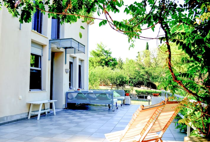 Villa Artemis with Pool and near Xenia beach, by JJ Hospitality