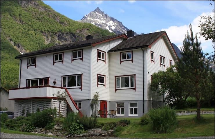 Knutegarden- Norangdal - Norangsfjorden - Apartemen