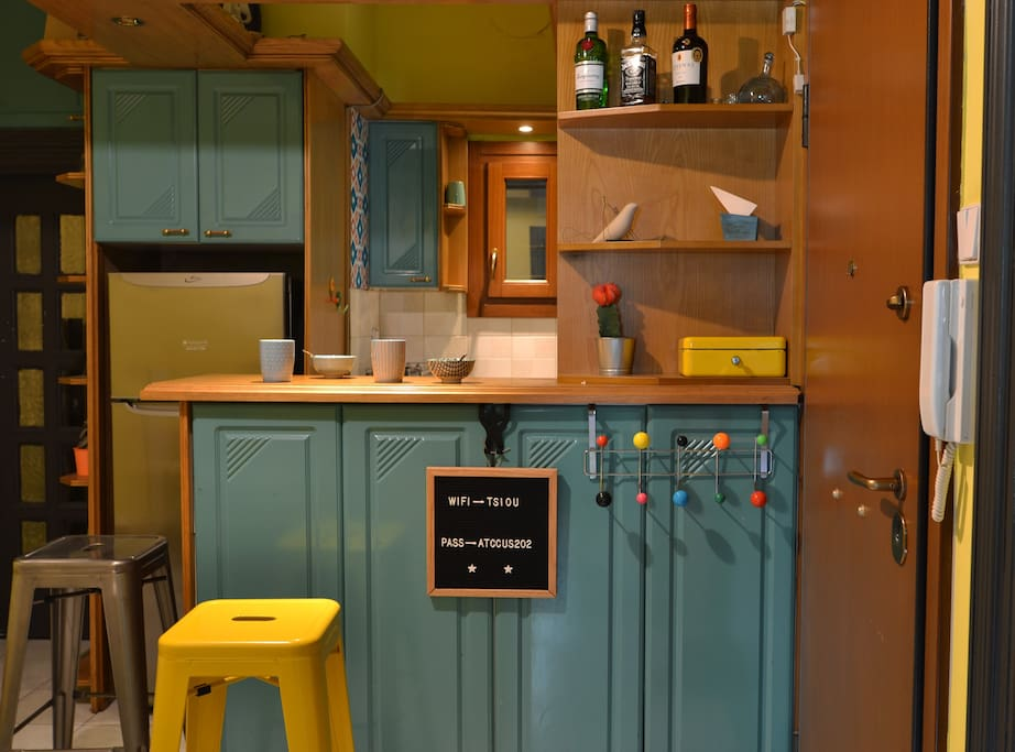 Pop colourful kitchen fully equipped