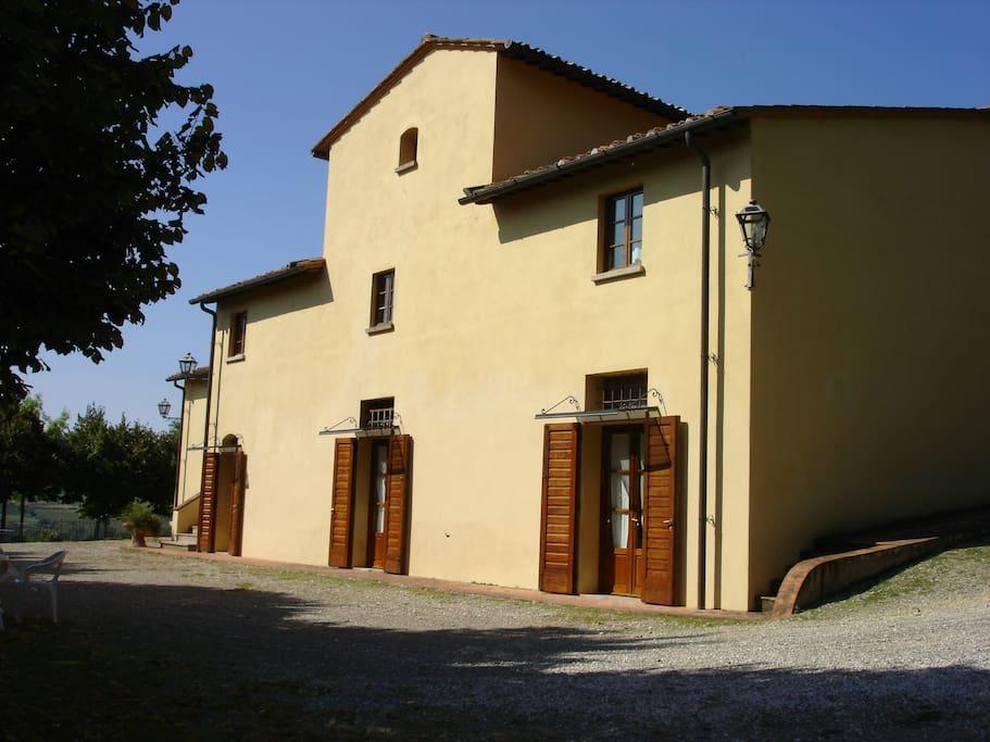 Appartamento Villa Avanella 1 al piano primo e appartamento Villa Avanella 2 al piano terra